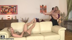 Footjob Threesome With Hot Eve Sweet And Samantha Jolie