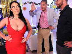 Fappy New Year Starring Angela White – Brazzers HD