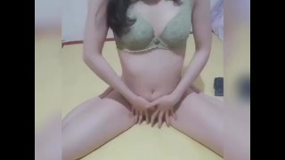 Young Natural Asian Beauty Riding Teen